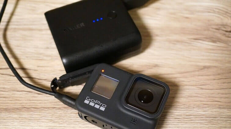 GoPro HERO8 Blackとモバイルバッテリー