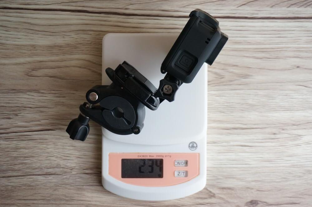 GoProとハンドルバーシートポストマウントを組み合わせた時の重さ