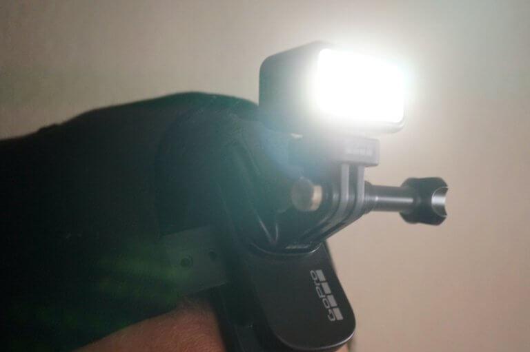 Zeus Miniのライトを付けたところ