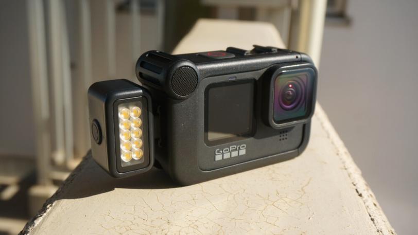 HERO9 Black用メディアモジュラーにライトモジュラーを取り付け