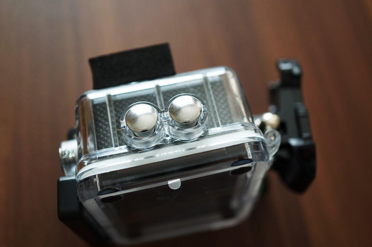Elephone explorer xの防水ケースのサイドボタン側