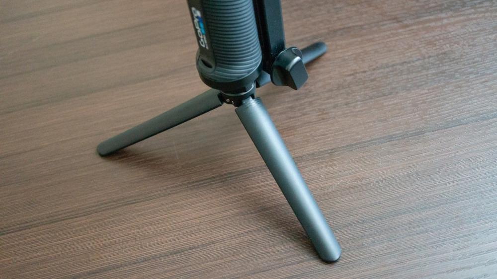 GoPro純正3-Wayに三脚を取り付けたところ