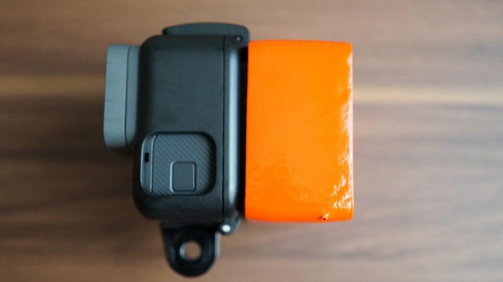 純正フレームにバックパネルを取り付けてツメを固定