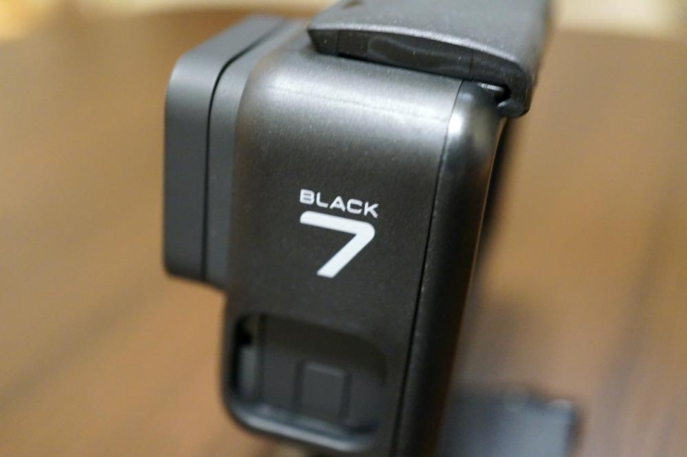 HERO7 Blackの純正フレーム側面のロゴ
