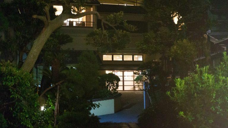 恵比寿屋の入り口