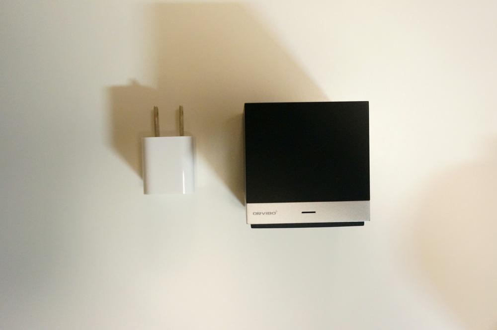 Magic Cubeと電源プラグ