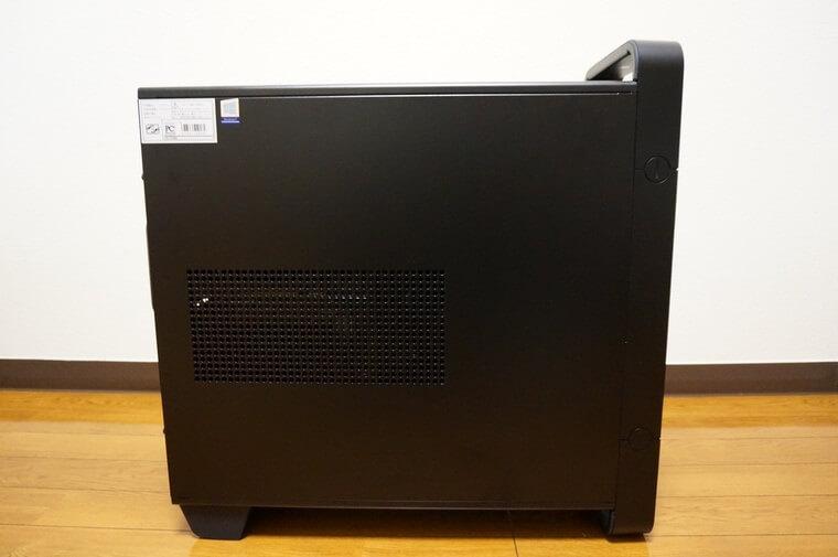 マウスコンピューターDAIV Z5の右側面