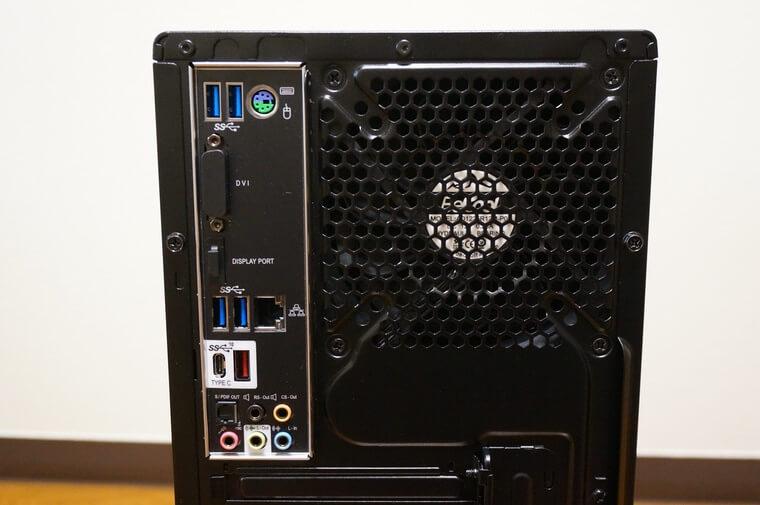 マウスコンピューターDAIV Z5の後面の端子